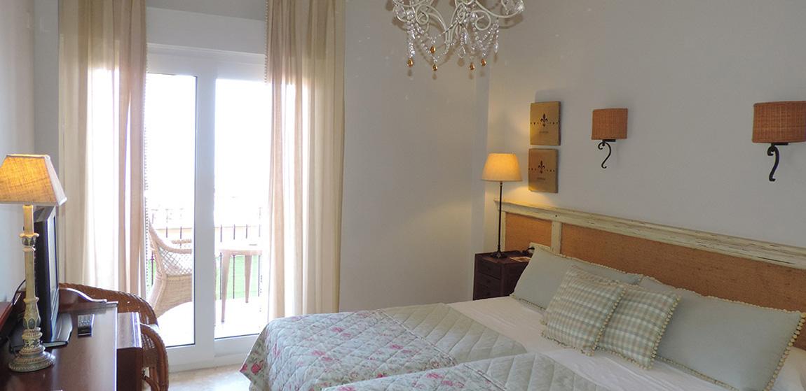 habitaciones-comunicadas-vista-mar-superior-norte-303-304-1.jpg