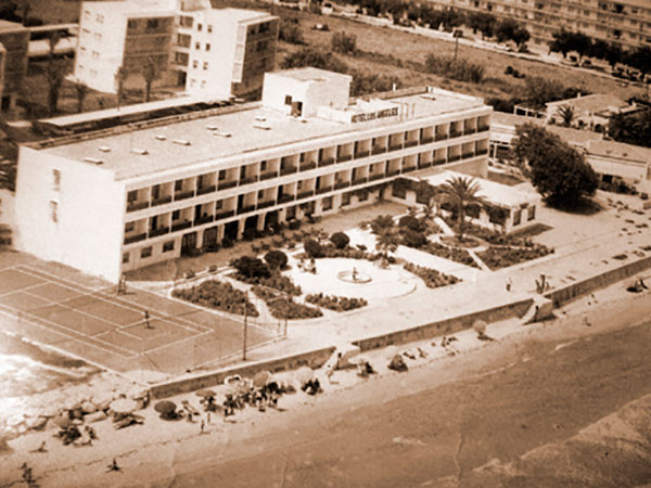 historia 3 - History HOTEL LOS ÁNGELES,<br/> YOUR HOTEL ON THE BEACH