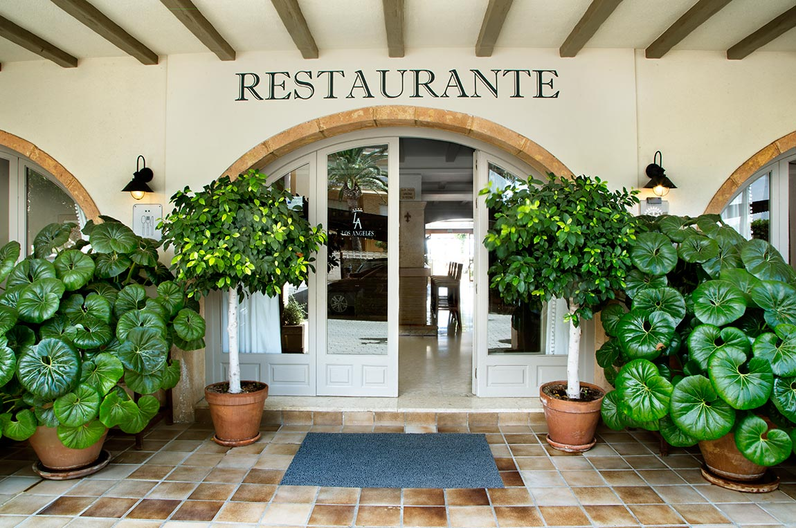 restaurante1 - The best food with the best service<br/> in the best environment.