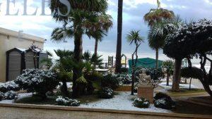 IMG 20170118 WA0049 1 300x169 - Enamorados de Dénia, también nevada