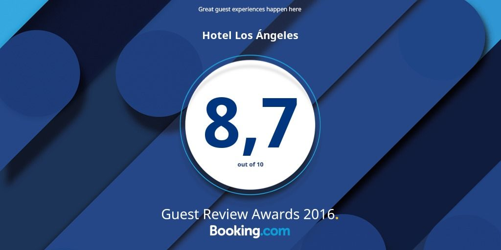 Booking-Guest-Review-Awards-2016.jpg