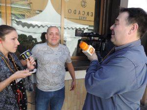 Fede entrevistat 300x225 - La gamba de Dénia, motor de superación