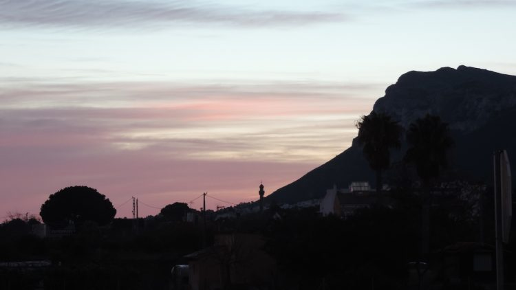 Septiembre, el Montgó y las fiestas de la Xara