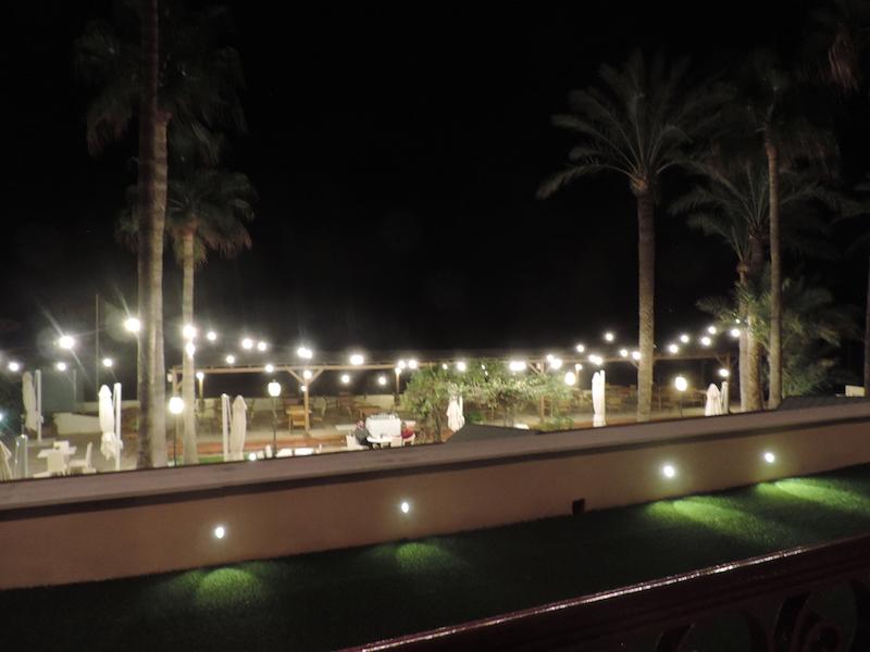 vistas de noche en el Hotel Los Ángeles Denia