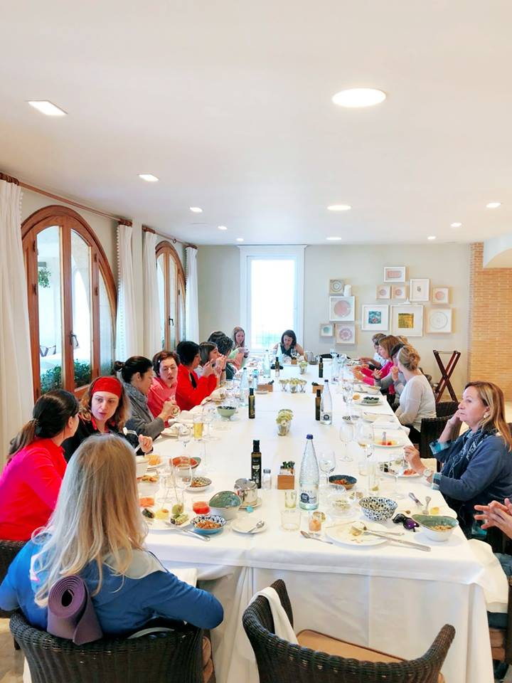 brunch yoga - Yoga y mar en Denia, una experiencia a repetir