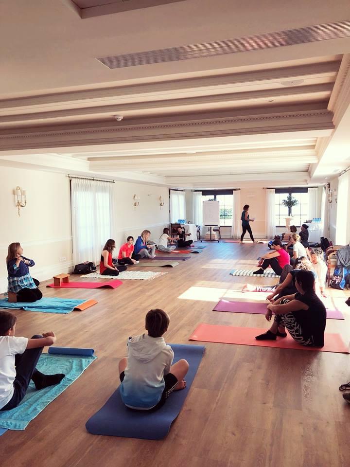 sala yoga - Yoga y mar en Denia, una experiencia a repetir